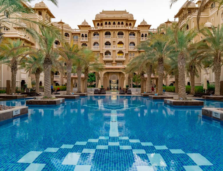 Taj Grandeur Residence